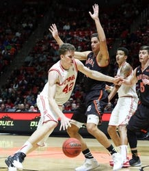 Utah Utes vs. BYU Cougars - 12/2/15 College Basketball Pick, Odds, and Prediction