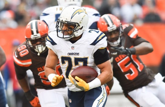 Los Angeles Chargers At Cleveland Browns