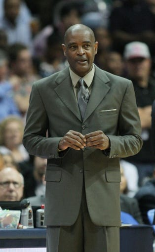 Apr 29, 2013; Atlanta, GA, USA; Atlanta Hawks head coach Larry Drew in game four of the first round of the 2013 NBA playoffs at Philips Arena. Mandatory Credit: Marvin Gentry-USA TODAY Sports