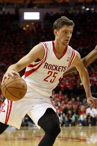May 3, 2013; Houston, TX, USA;Houston Rockets small forward Chandler Parsons (25) drives the ball during the second quarter against the Oklahoma City Thunder  in game six of the first round of the 2013 NBA Playoffs at the Toyota Center. Mandatory Credit: Troy Taormina-USA TODAY Sports