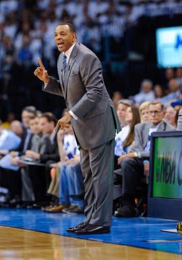 May 15, 2013; Oklahoma City, OK, USA; Memphis Grizzlies head coach Lionel Hollins yells to his team during game five against the Oklahoma City Thunder in the second round of the 2013 NBA Playoffs at Chesapeake Energy Arena. The Grizzlies defeated the Thunder 88-84. Mandatory Credit: Jerome Miron-USA TODAY Sports