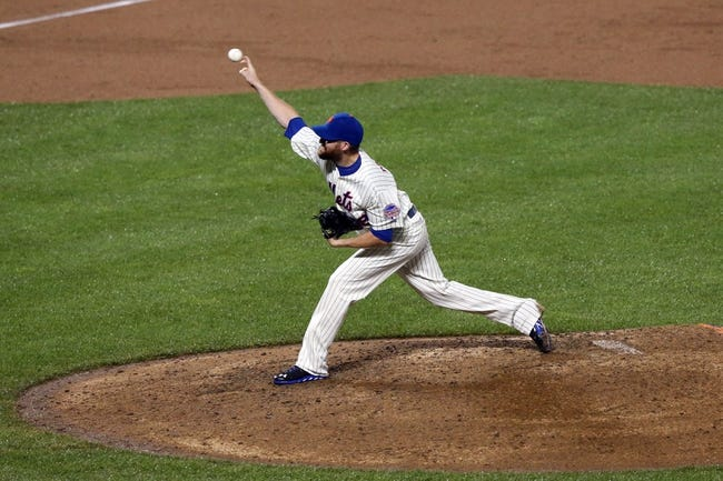 Jul 22, 2013; New York, NY, USA;  New York Mets relief pitcher Bobby Parnell (39) delivers a pitch during the ninth inning against the Atlanta Braves at Citi Field.  Atlanta Braves won 2-1.  Credit: Anthony Gruppuso-USA TODAY Sports