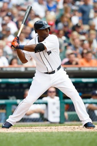 Jul 31, 2013; Detroit, MI, USA; Detroit Tigers right fielder Torii Hunter (48) at bat against the Washington Nationals at Comerica Park. Mandatory Credit: Rick Osentoski-USA TODAY Sports