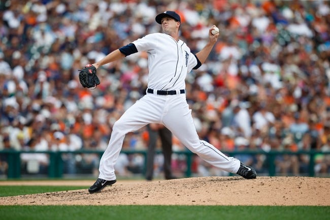 Aug 22, 2013; Detroit, MI, USA; Detroit Tigers relief pitcher Drew Smyly (33) pitches against the Minnesota Twins at Comerica Park. Mandatory Credit: Rick Osentoski-USA TODAY Sports