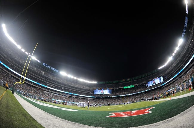 Aug 29, 2013; East Rutherford, NJ, USA; A general view of game action between the New York Jets and Philadelphia Eagles during the second half of a preseason game at Metlife Stadium. The Jets won 27-20. Mandatory Credit: Joe Camporeale-USA TODAY Sports