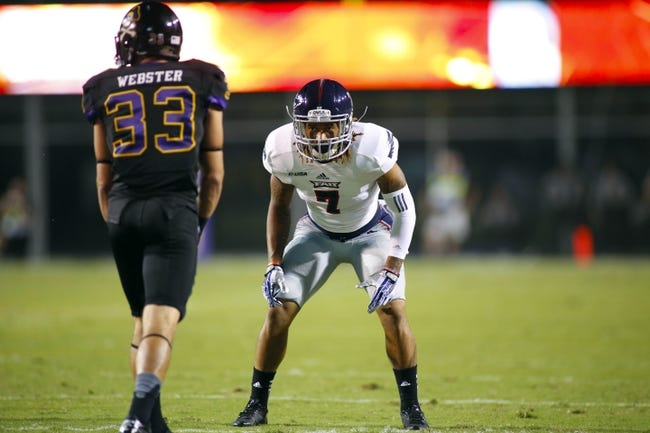 September 5, 2013; Greenville, NC, USA;  Florida Atlantic defensive back Cre'von LeBlanc (7) lines up against East Carolina at Dowdy-Ficklen Stadium. East Carolina Pirates defeated the Florida Atlantic Owls 31-13. Mandatory Credit: James Guillory-USA TODAY Sports