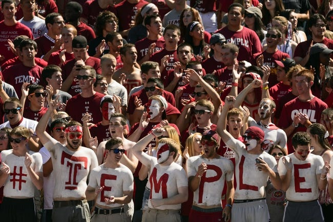 Sep 7, 2013; Philadelphia, PA, USA; Temple Owls fans cheer during the first quarter against the Houston Cougars at Lincoln Financial Field. Houston defeated temple 22-13. Mandatory Credit: Howard Smith-USA TODAY Sports