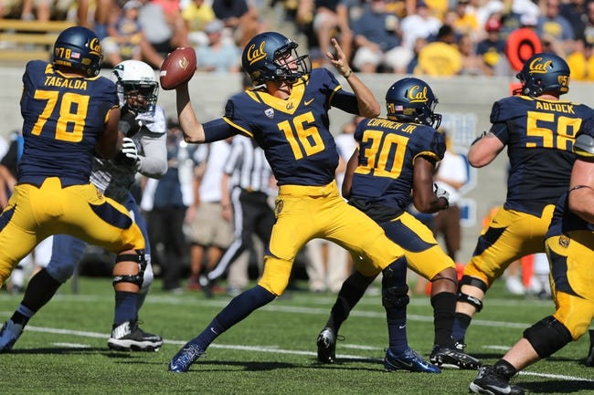 Sep 7, 2013; Berkeley, CA, USA; California Golden Bears quarterback Jared Goff (16) passes the ball against the Portland State Vikings during the second quarter at Memorial Stadium. Mandatory Credit: Kelley L Cox-USA TODAY Sports