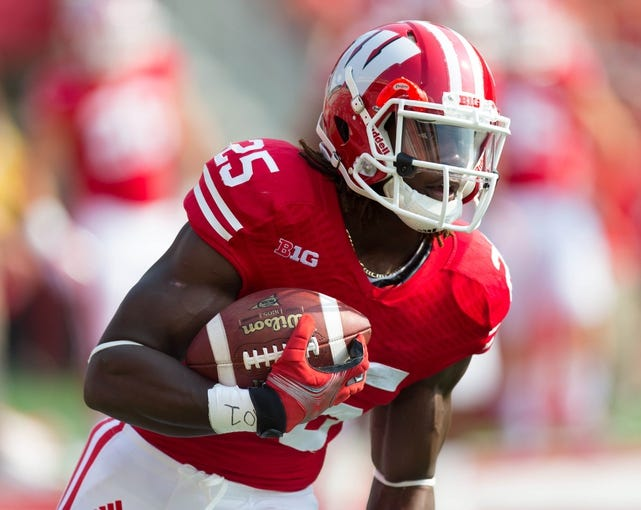 Sep 7, 2013; Madison, WI, USA; Wisconsin Badgers running back Melvin Gordon (25) during warmups prior to the game against the Tennessee Tech Golden Eagles at Camp Randall Stadium.  Wisconsin won 48-0.  Mandatory Credit: Jeff Hanisch-USA TODAY Sports