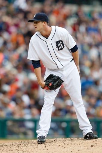 Sep 15, 2013; Detroit, MI, USA; Detroit Tigers relief pitcher Drew Smyly (33) gets set to pitch against the Kansas City Royals at Comerica Park. Mandatory Credit: Rick Osentoski-USA TODAY Sports