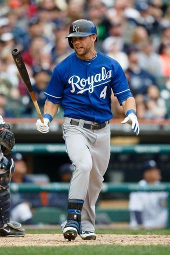 Sep 15, 2013; Detroit, MI, USA; Kansas City Royals left fielder Alex Gordon (4) at bat against the Detroit Tigers at Comerica Park. Mandatory Credit: Rick Osentoski-USA TODAY Sports