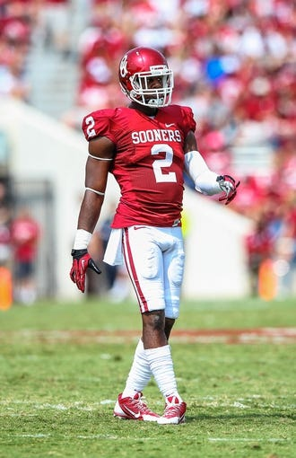Sep 14, 2013; Norman, OK, USA; Oklahoma Sooners defensive back Julian Wilson (2) during the game against the Tulsa Golden Hurricane at Gaylord Family - Oklahoma Memorial Stadium. Oklahoma won 51-20. Mandatory Credit: Kevin Jairaj-USA TODAY Sports