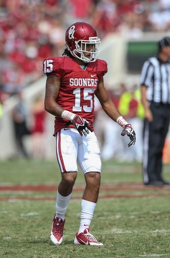 Sep 14, 2013; Norman, OK, USA; Oklahoma Sooners defensive back Zack Sanchez (15) during the game against the Tulsa Golden Hurricane at Gaylord Family - Oklahoma Memorial Stadium. Oklahoma won 51-20. Mandatory Credit: Kevin Jairaj-USA TODAY Sports
