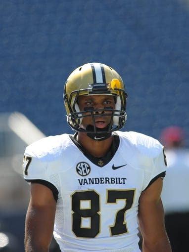 Sep 21, 2013; Foxborough, MA, USA; Vanderbilt Commodores wide receiver Jordan Matthews (87) during warmups prior to a game against the Massachusetts Minutemen at Gillette Stadium. Mandatory Credit: Bob DeChiara-USA TODAY Sports