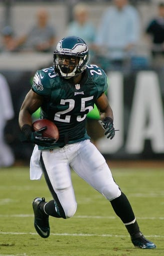 Aug 24, 2013; Jacksonville, FL, USA; Philadelphia Eagles running back LeSean McCoy (25) during the first quarter of their game against the Jacksonville Jaguars at EverBank Field. The Philadelphia Eagles beat the Jacksonville Jaguars 31-24. Mandatory Credit: Phil Sears-USA TODAY Sports