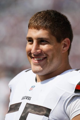 Sep 15, 2013; Baltimore, MD, USA; Cleveland Browns lineman Alex Mack (55) prior to the game against the Baltimore Ravens at M&T Bank Stadium. Mandatory Credit: Mitch Stringer-USA TODAY Sports