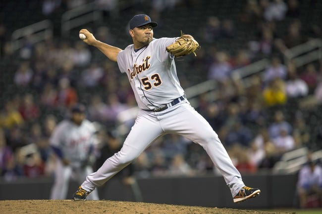 Sep 24, 2013; Minneapolis, MN, USA; Detroit Tigers relief pitcher Joaquin Benoit (53) delvers a pitch in the ninth inning against the Minnesota Twins at Target Field. The Tigers won 4-2. Mandatory Credit: Jesse Johnson-USA TODAY Sports