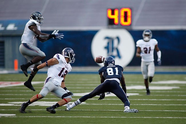Sep 28, 2013; Houston, TX, USA; Rice Owls wide receiver Donte Moore (81) can't make the catch during the first quarter at Rice Stadium. Mandatory Credit: Andrew Richardson-USA TODAY Sports