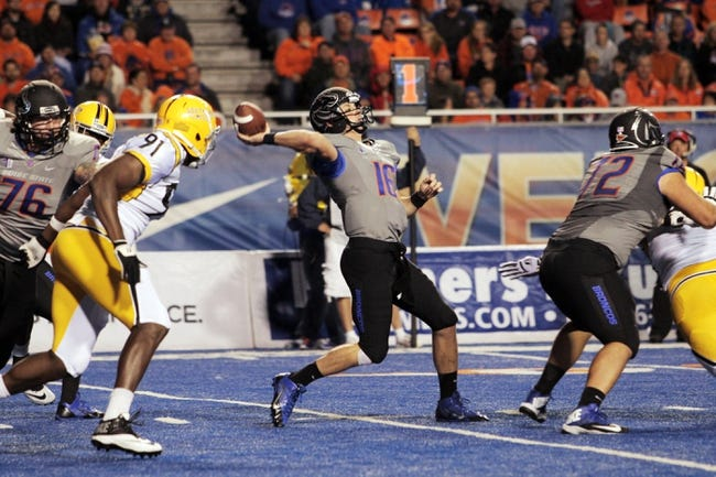 Sep 28, 2013; Boise, ID, USA; Boise State Broncos quarterback Joe Southwick (16) throws a pass deep down field during the first half against the Southern Miss Golden Eagles at Bronco Stadium. Mandatory Credit: Brian Losness-USA TODAY Sports