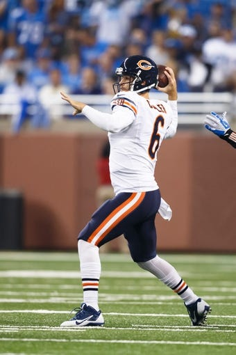 Sep 29, 2013; Detroit, MI, USA; Chicago Bears quarterback Jay Cutler (6) passes the ball against the Detroit Lions at Ford Field. Mandatory Credit: Rick Osentoski-USA TODAY Sports