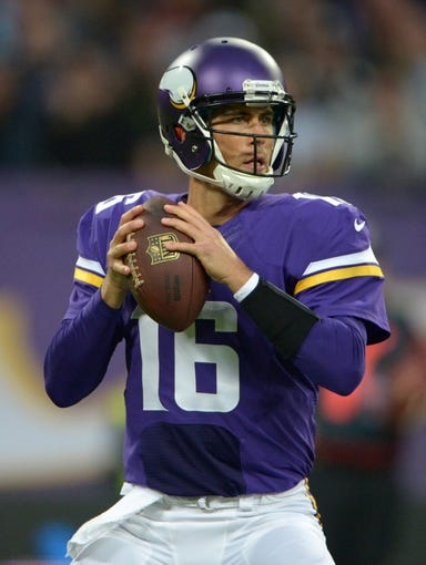 Sep 29, 2013; London, UNITED KINGDOM; Minnesota Vikings quarterback Matt Cassel (16) throws a pass against the Pittsburgh Steelers in the NFL International Series game at Wembley Stadium. The Vikings defeated the Steelers 34-27. Mandatory Credit: Kirby Lee-USA TODAY Sports