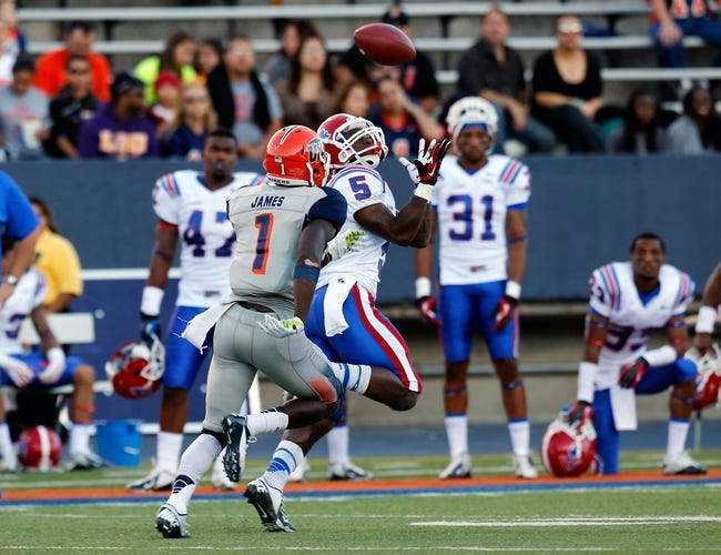 Oct 5, 2013; El Paso, TX, USA; Louisiana Tech Bulldogs wide receiver D.J. Banks (5) tries to make a catch against the UTEP Miners at Sun Bowl Stadium. Mandatory Credit: Ivan Pierre Aguirre-USA TODAY Sports