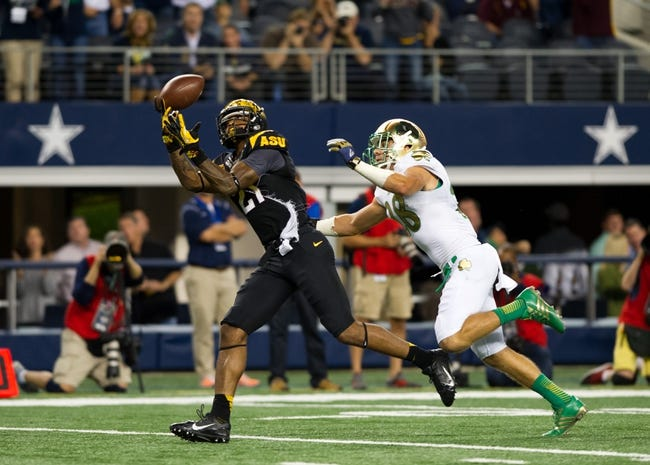 Oct 5, 2013; Arlington, TX, USA; Arizona State Sun Devils wide receiver Jaelen Strong (21) catches a pass for a touchdown in front of Notre Dame Fighting Irish safety Austin Collinsworth (28) in the second quarter at AT&T Stadium. Mandatory Credit: Matt Cashore-USA TODAY Sports