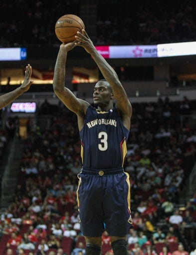 Oct 5, 2013; Houston, TX, USA; New Orleans Pelicans shooting guard Anthony Morrow (3) shoots during the second quarter against the Houston Rockets at Toyota Center. Mandatory Credit: Troy Taormina-USA TODAY Sports