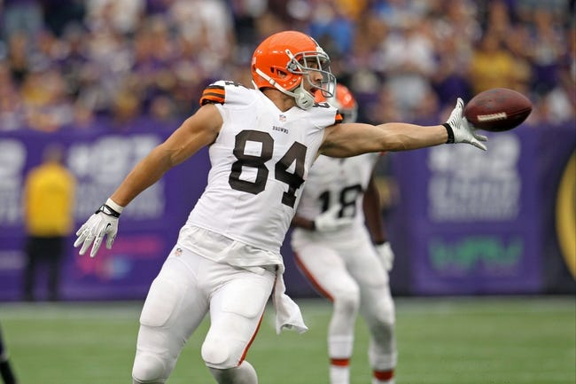 Sep 22, 2013; Minneapolis, MN, USA; Cleveland Browns tight end Jordan Cameron (84) against the Minnesota Vikings at Mall of America Field at H.H.H. Metrodome. The Browns defeated the Vikings 31-27. Mandatory Credit: Brace Hemmelgarn-USA TODAY Sports