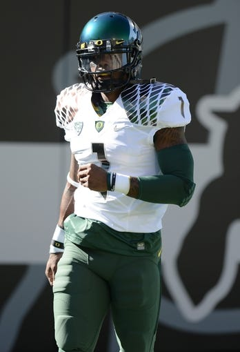 Oct 5, 2013; Boulder, CO, USA; Oregon Ducks wide receiver Josh Huff (1) before the game against the Colorado Buffaloes at Folsom Field. Mandatory Credit: Ron Chenoy-USA TODAY Sports