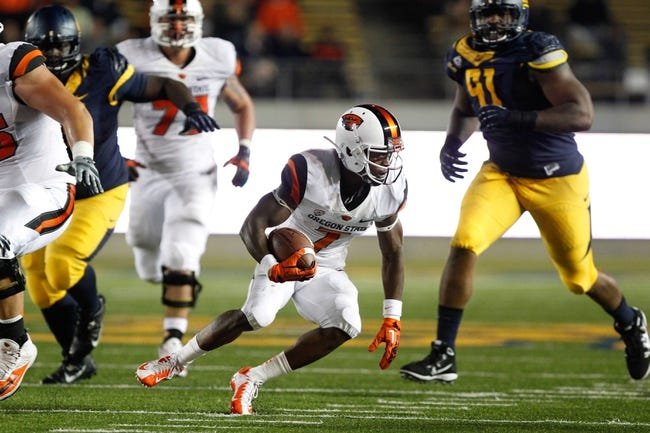 Oct 19, 2013; Berkeley, CA, USA; Oregon State Beavers wide receiver Brandin Cooks (7) runs with the ball against the California Golden Bears during the second quarter at Memorial Stadium. Mandatory Credit: Kelley L Cox-USA TODAY Sports
