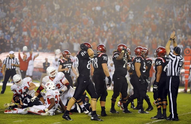 Oct 26, 2013; San Diego, CA, USA; San Diego State players react after  kicker Seamus McMorrow (17) misses a game-winning field goal attempt in the fourth quarter against the Fresno State Bulldogs at Qualcomm Stadium. Mandatory Credit: Christopher Hanewinckel-USA TODAY Sports