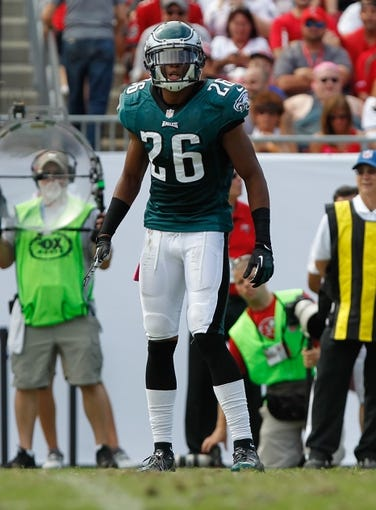 Oct 13, 2013; Tampa, FL, USA; Philadelphia Eagles cornerback Cary Williams (26) against the Tampa Bay Buccaneers during the second half at Raymond James Stadium. Philadelphia Eagles defeated the Tampa Bay Buccaneers 31-20. Mandatory Credit: Kim Klement-USA TODAY Sports