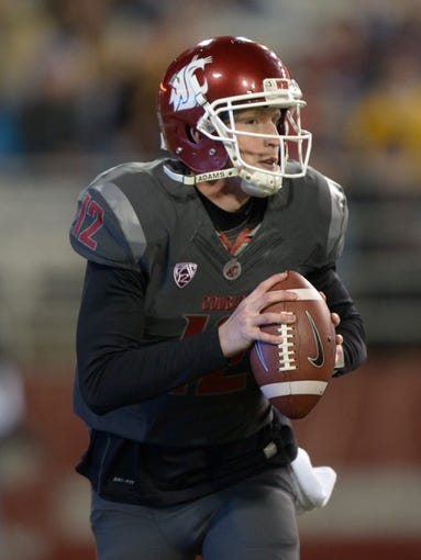 Oct 31, 2013; Pullman, WA, USA; Washington State Cougars quarterback Connor Halliday (12) throws a pass against the Arizona State Sun Devils at Martin Stadium. Mandatory Credit: Kirby Lee-USA TODAY Sports
