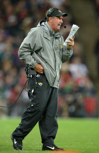 Oct 27, 2013; London, United Kingdom; Jacksonville Jaguars defensive coordinator Bob Babich during the NFL International Series game against the San Francisco 49ers at Wembley Stadium. The 49ers defeated the Jaguars 42-10. Mandatory Credit: Kirby Lee-USA TODAY Sports