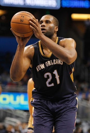 Oct 25, 2013; Orlando, FL, USA; New Orleans Pelicans power forward Arinze Onuaku (21) against the Orlando Magic during the second half at Amway Center. New Orleans Pelicans defeated the Orlando Magic 101-82.  Mandatory Credit: Kim Klement-USA TODAY Sports