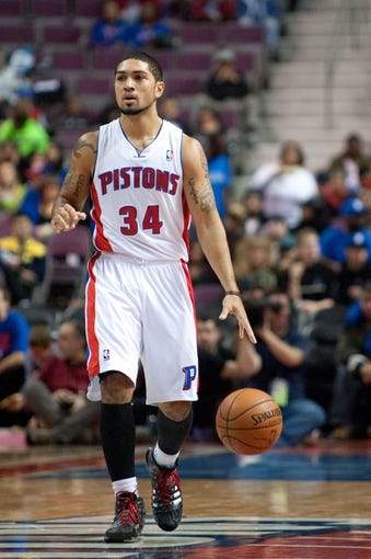 Oct 22, 2013; Auburn Hills, MI, USA; Detroit Pistons point guard Peyton Siva (34) during the third quarter against the Washington Wizards at The Palace of Auburn Hills. Pistons won 99-96. Mandatory Credit: Tim Fuller-USA TODAY Sports