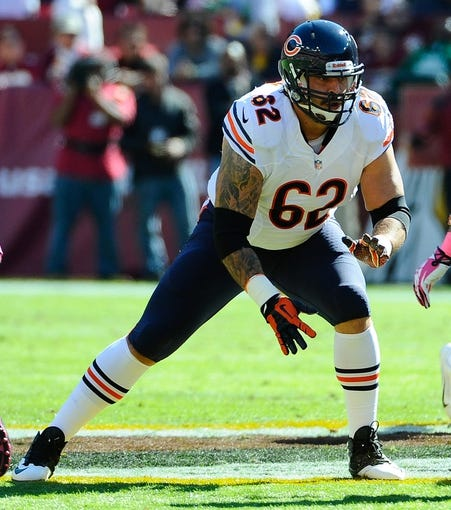 Oct 20, 2013; Landover, MD, USA; Chicago Bears guard Eben Britton (62) prepares to block during the first half against the Washington Redskins at FedEX Field. Mandatory Credit: Brad Mills-USA TODAY Sports