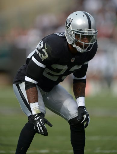 Nov 3, 2013; Oakland, CA, USA; Oakland Raiders cornerback Tracy Porter (23) during the game against the Philadelphia Eagles at O.co Coliseum. The Eagles defeated the Raiders 49-20. Mandatory Credit: Kirby Lee-USA TODAY Sports