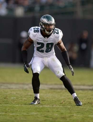 Nov 3, 2013; Oakland, CA, USA; Philadelphia Eagles safety Earl Wolff (28) during the game against the Oakland Raiders at O.co Coliseum. The Eagles defeated the Raiders 49-20. Mandatory Credit: Kirby Lee-USA TODAY Sports