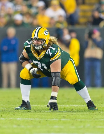 Nov 4, 2013; Green Bay, WI, USA; Green Bay Packers guard Josh Sitton (71) during the game against the Chicago Bears at Lambeau Field. Chicago won 27-20.  Mandatory Credit: Jeff Hanisch-USA TODAY Sports