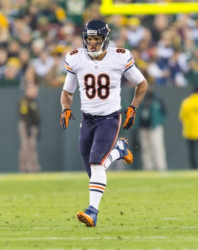Nov 4, 2013; Green Bay, WI, USA; Chicago Bears tight end Dante Rosario (88) during the game against the Green Bay Packers at Lambeau Field. Chicago won 27-20.  Mandatory Credit: Jeff Hanisch-USA TODAY Sports