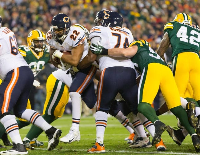 Nov 4, 2013; Green Bay, WI, USA; Chicago Bears running back Matt Forte (22) scores a touchdown during the game against the Green Bay Packers at Lambeau Field. Chicago won 27-20.  Mandatory Credit: Jeff Hanisch-USA TODAY Sports