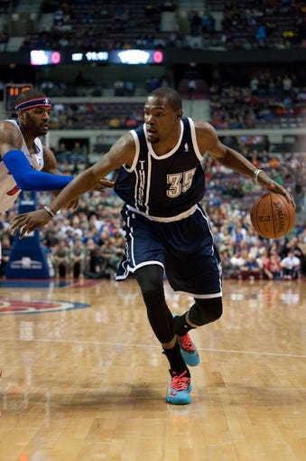 Nov 8, 2013; Auburn Hills, MI, USA; Oklahoma City Thunder small forward Kevin Durant (35) drives during the first quarter against the Detroit Pistons at The Palace of Auburn Hills. Mandatory Credit: Tim Fuller-USA TODAY Sports