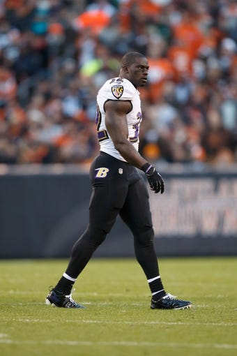 Nov 3, 2013; Cleveland, OH, USA; Baltimore Ravens strong safety James Ihedigbo (32) during the game against the Cleveland Browns at FirstEnergy Stadium. Mandatory Credit: Rick Osentoski-USA TODAY Sports