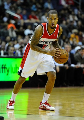 Nov 8, 2013; Washington, DC, USA; Washington Wizards point guard Eric Maynor (6) looks to pass against the Brooklyn Nets during the first half at the Verizon Center. Mandatory Credit: Brad Mills-USA TODAY Sports