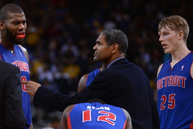 November 12, 2013; Oakland, CA, USA; Detroit Pistons head coach Maurice Cheeks instructs his team in a huddle against the Golden State Warriors during the second quarter at Oracle Arena. The Warriors defeated the Pistons 113-95. Mandatory Credit: Kyle Terada-USA TODAY Sports