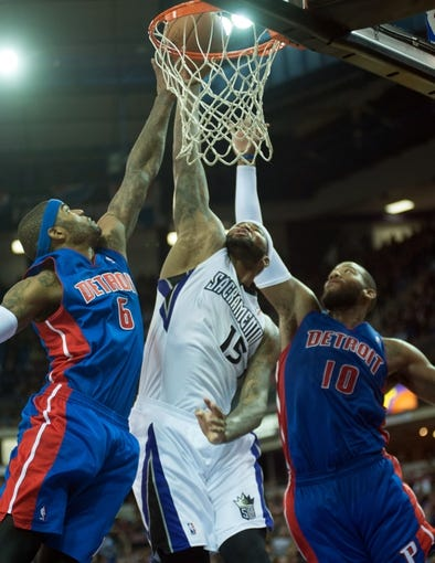 Nov 15, 2013; Sacramento, CA, USA; Sacramento Kings center DeMarcus Cousins (15) dunks the ball against the Detroit Pistons during the third quarter at Sleep Train Arena. The Detroit Pistons defeated the Sacramento Kings 97-90. Mandatory Credit: Ed Szczepanski-USA TODAY Sports