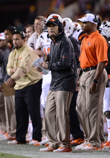 Nov 16, 2013; Tempe, AZ, USA; Oregon State Beavers head coach Mike Riley stands on the sidelines in the second half of the game against Arizona State Sun Devils at Sun Devil Stadium. The Devils defeated the Beavers 30-17. Mandatory Credit: Jennifer Stewart-USA TODAY Sports