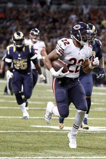 Nov 24, 2013; St. Louis, MO, USA;  Chicago Bears running back Matt Forte (22) runs the ball during a game against the St. Louis Rams at the Edward Jones Dome. Mandatory Credit: Scott Kane-USA TODAY Sports